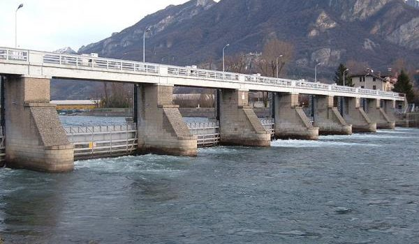 """REGOLAZIONE LIVELLO ACQUE LAGO DI COMO: """"Fare squadra per trovare soluzione al problema dei livelli regolazione del nostro Lago"""""""