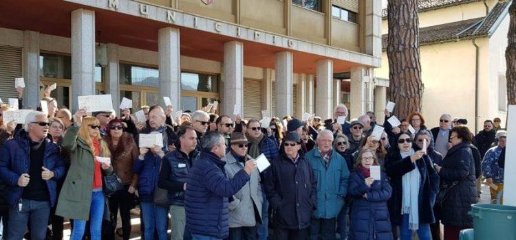 """CAMPIONE D'ITALIA: """"Lunedì sarò al presidio con i cittadini abbandonati dal Governo"""""""
