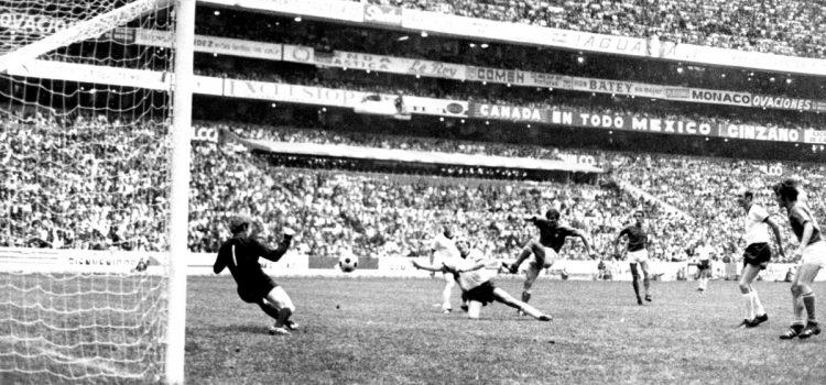 """ITALIA-GERMANIA 4-3: """"Una nazionale che divetò nazione"""""""